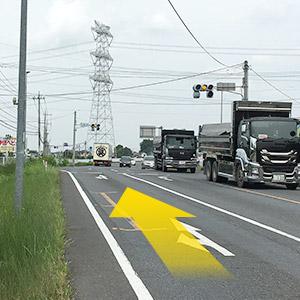 道の駅から鴻巣方面に向かって県道27号を東へ走ってください。